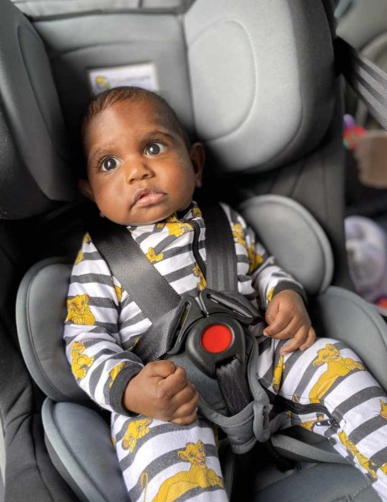 Grey and black Infasecure 0-8 convertible car seat installation